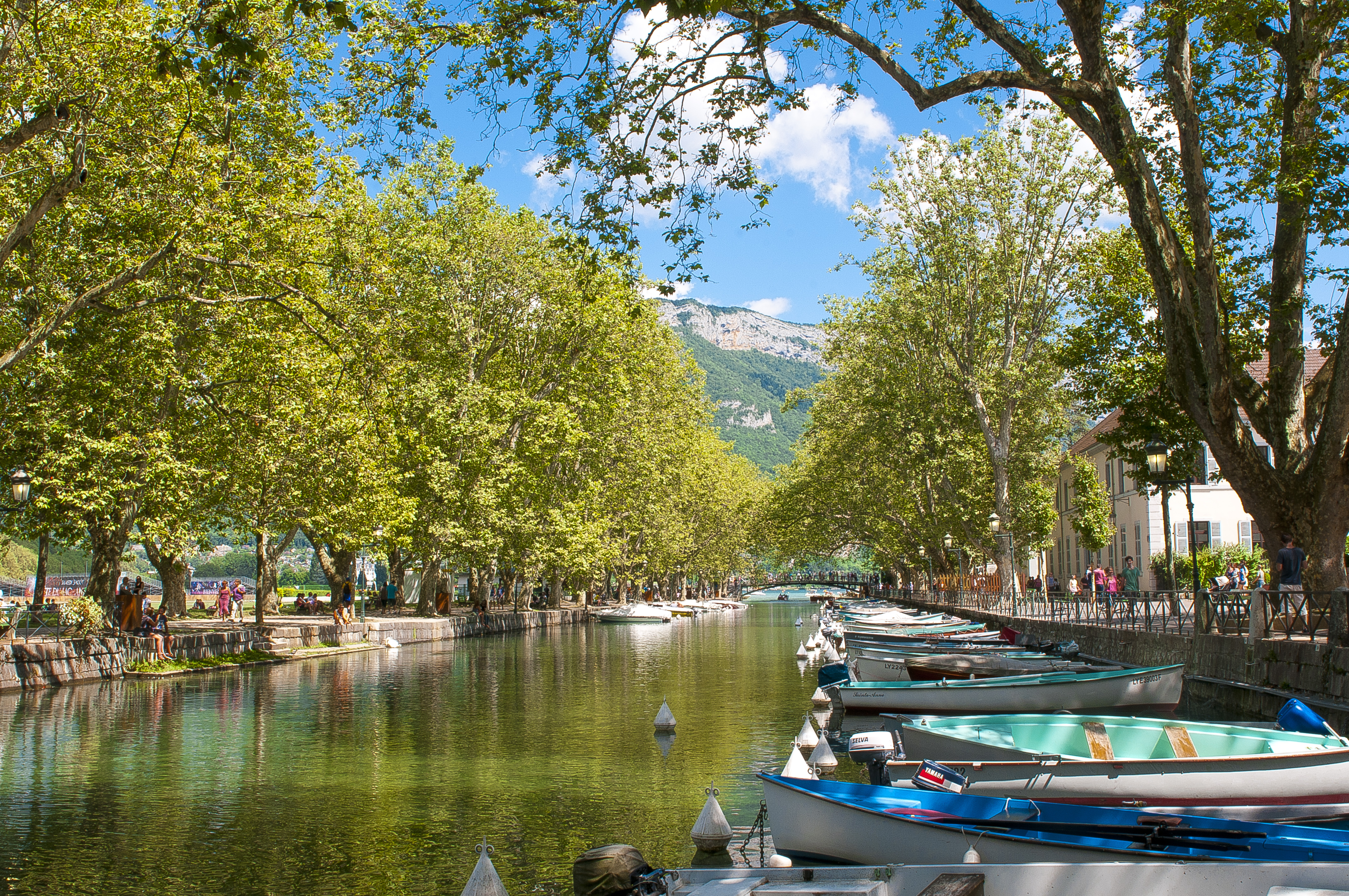 Programme neuf annecy bacarra canal immobilier for Piscine annecy